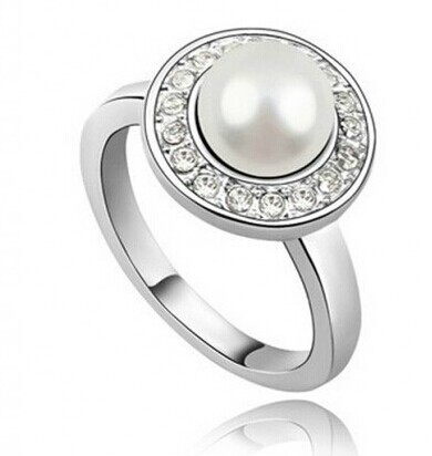 Encrusted Faux Pearl Ring